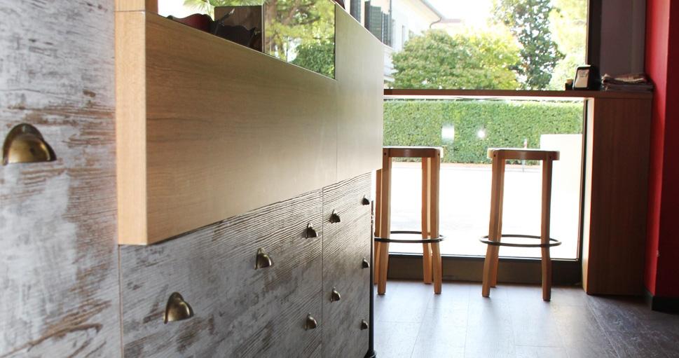 Arredamento bar pub e gelaterie effebi contract group for Effebi arredamenti