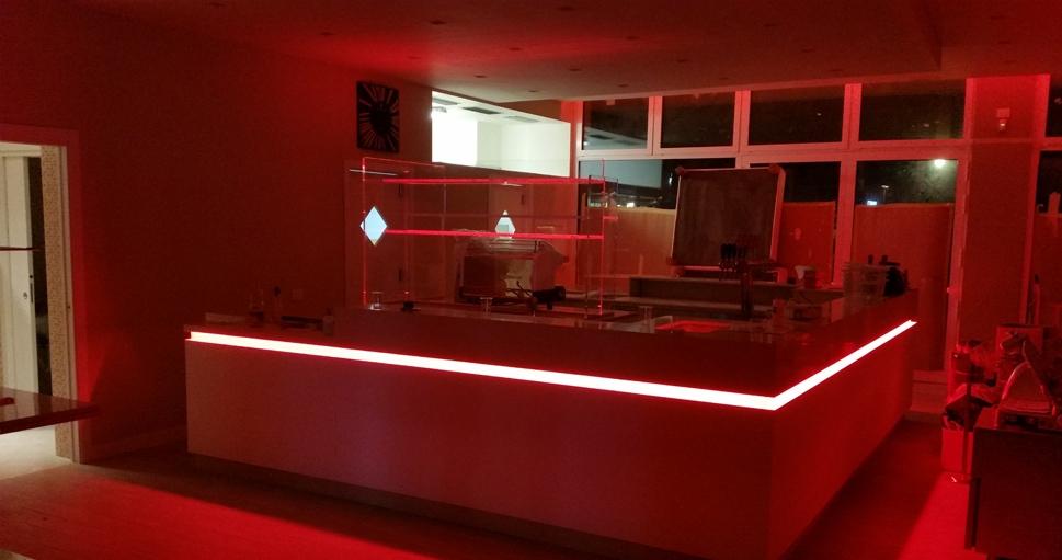 Arredamento bar pub e gelaterie effebi contract group for Arredamento pub prezzi